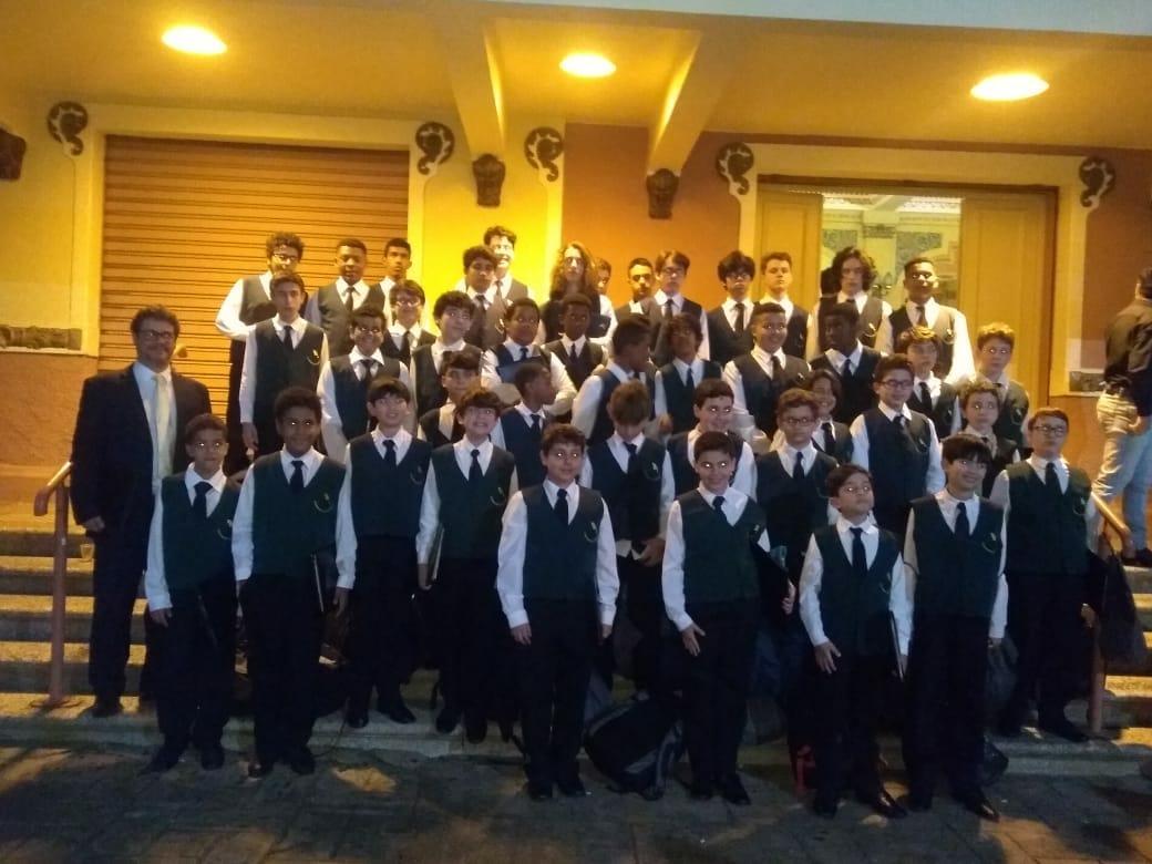 Canarinhos de Petrópolis participam do Congresso Regional