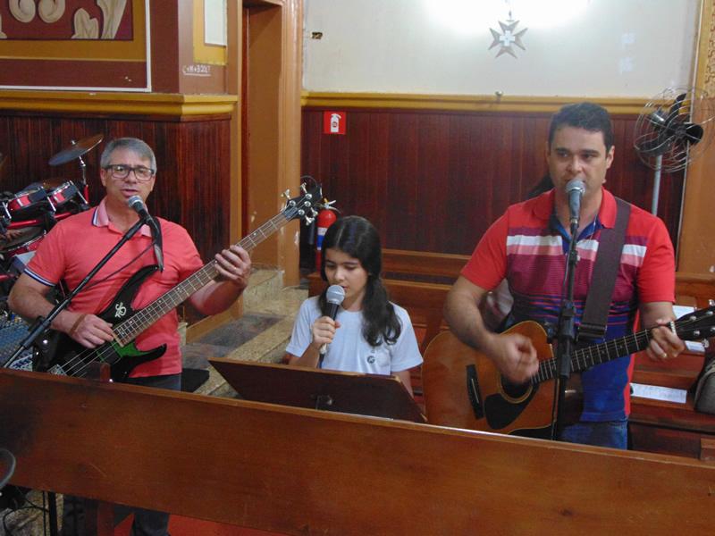 Dia dos Pais no BJ Santo Antônio, em Rolândia (PR)