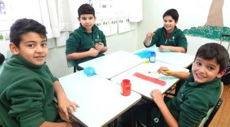 Alunos trabalham tema da Campanha da Fraternidade em sala de aula
