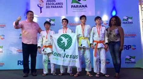Judô Bom Jesus é campeão nos Jogos Escolares 2015