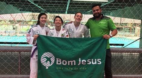 Colégio Bom Jesus incentiva a prática esportiva