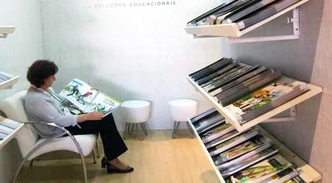 Futuro da educação passa pelo livro didático