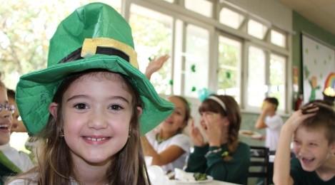 Atividades pedagógicas são realizadas no Dia de São Patrício