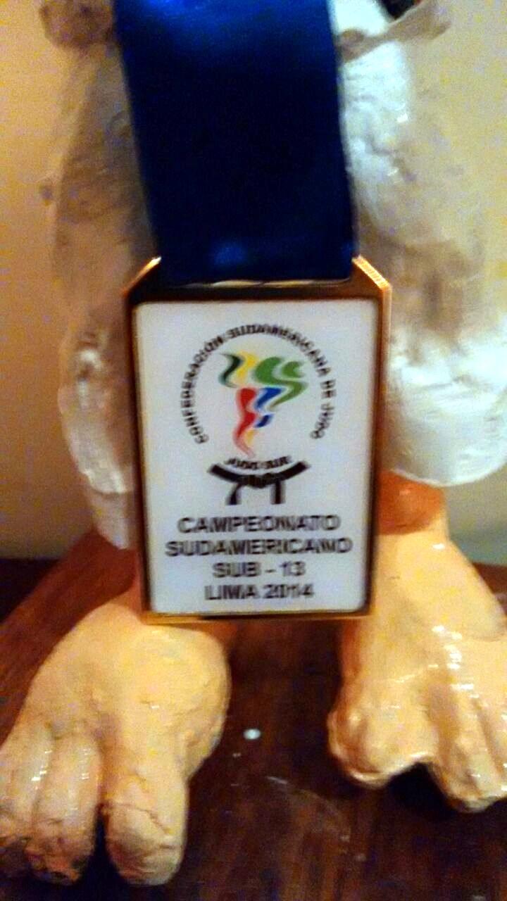 Medalha de Laura Ayumi Soken, campeã do Sul-Americano de Judô na categoria Sub-13