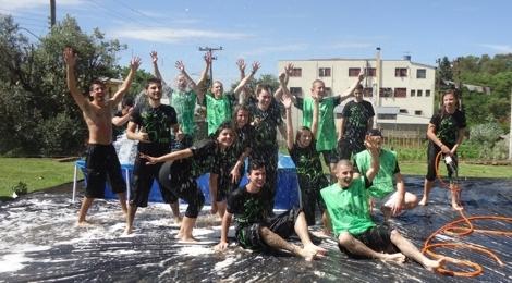 Calouros fazem festa em Lagoa Vermelha