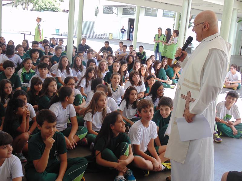 Páscoa do Bom Jesus Santo Antônio, em Rolândia (PR).