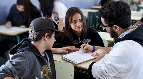 Unesco e Colégio Bom Jesus auxiliam alunos de escola pública em Português e Matemática