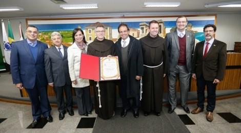 Bom Jesus recebe homenagem na Câmara Municipal de Curitiba