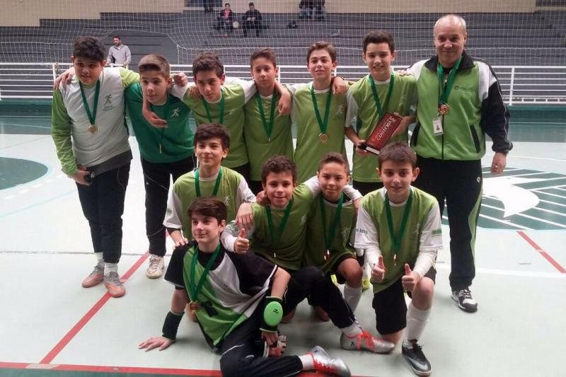 Futsal masculino do Bom Jesus é campeão dos Jogos Escolares de Curitiba.