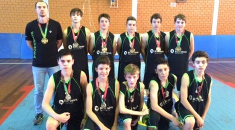 Bom Jesus é campeão invicto de basquete em Santa Catarina