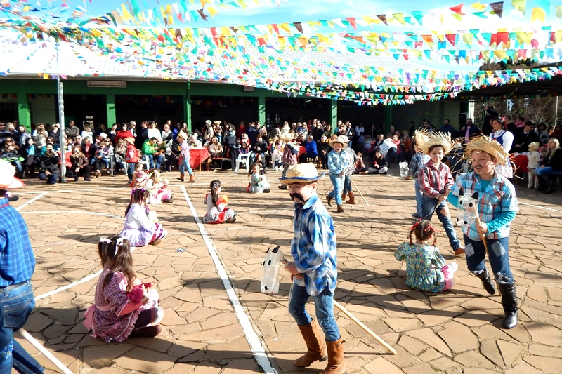 Festa Junina no Bom Jesus Rainha da Paz, em Lagoa Vermelha (RS)