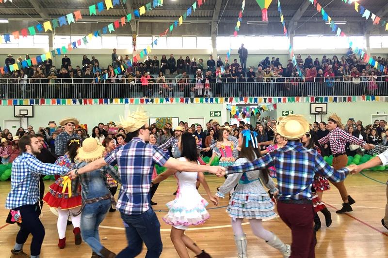 Festa Junina no Bom Jesus São José dos Pinhais, no Paraná