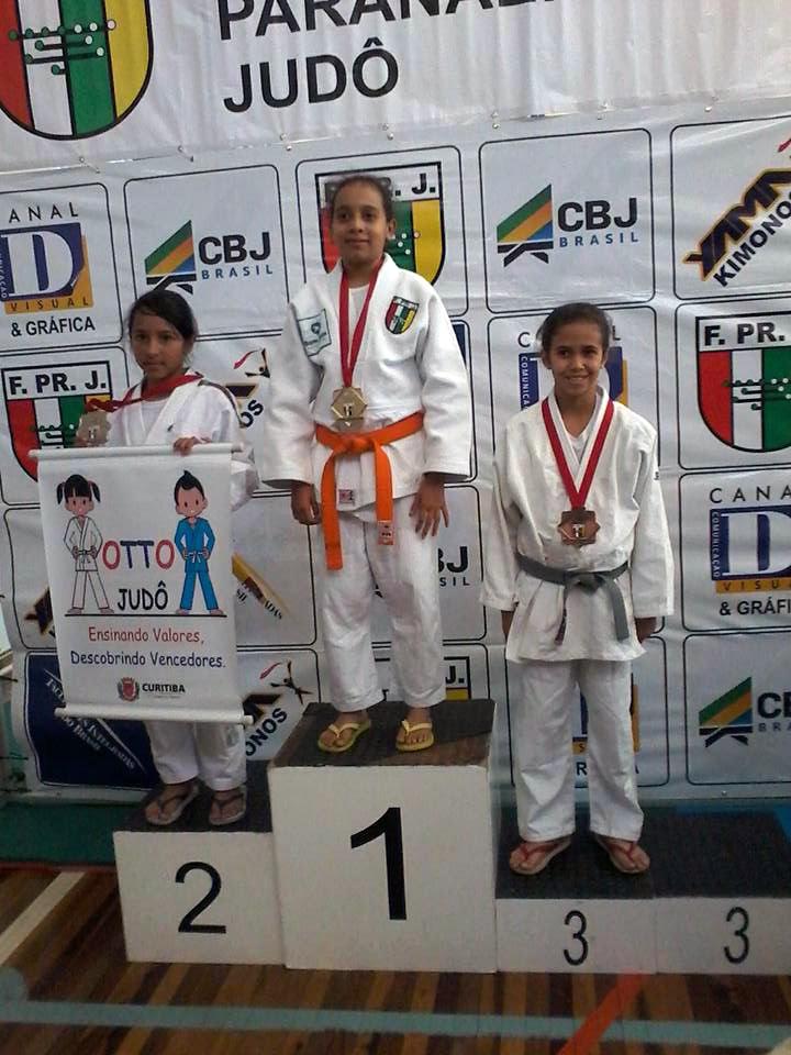 Campeonato Paranaense de Judô - Beatriz de Souza, campeã na categoria Sub-13 até 34 kg
