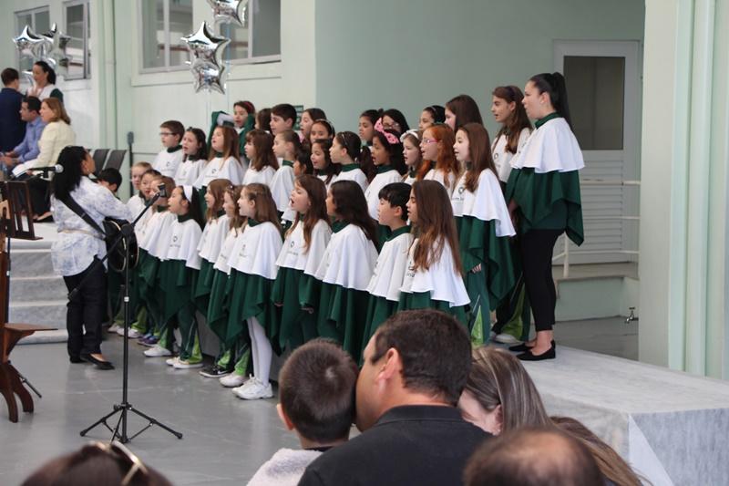 Dia dos Pais no Bom Jesus Lourdes, em Curitiba (PR).