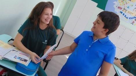 Bom Jesus Escola Especial realiza ação de conscientização sobre o Autismo