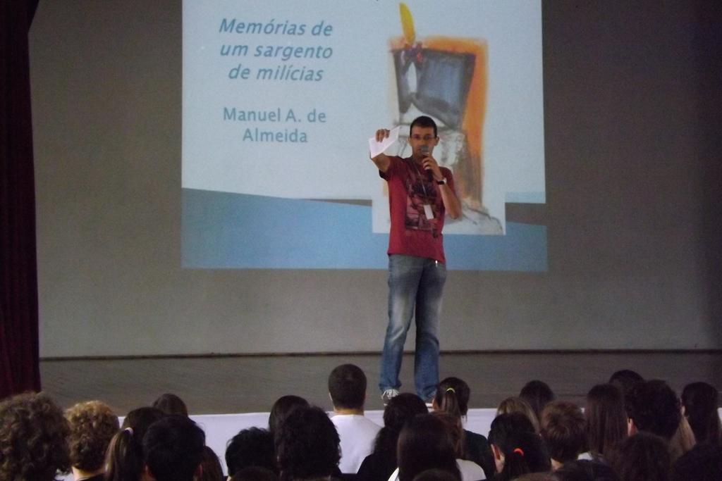 O professor André da S. Menna falou sobre a obra Memórias de um sargento de milícias, de Manuel Antônio de Almeida.