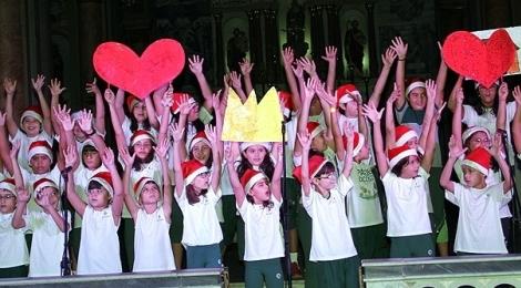 Bom Jesus Externato realiza IV Cantata de Natal