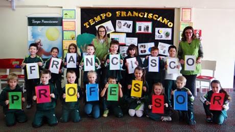 Tempo Franciscano: homenagem a quem ilumina o caminho do saber