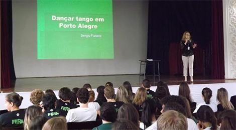Mundo Livro reúne vestibulandos em Porto Alegre