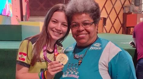 Campeã Brasileira Escolar de Xadrez é aluna Bom Jesus de Blumenau