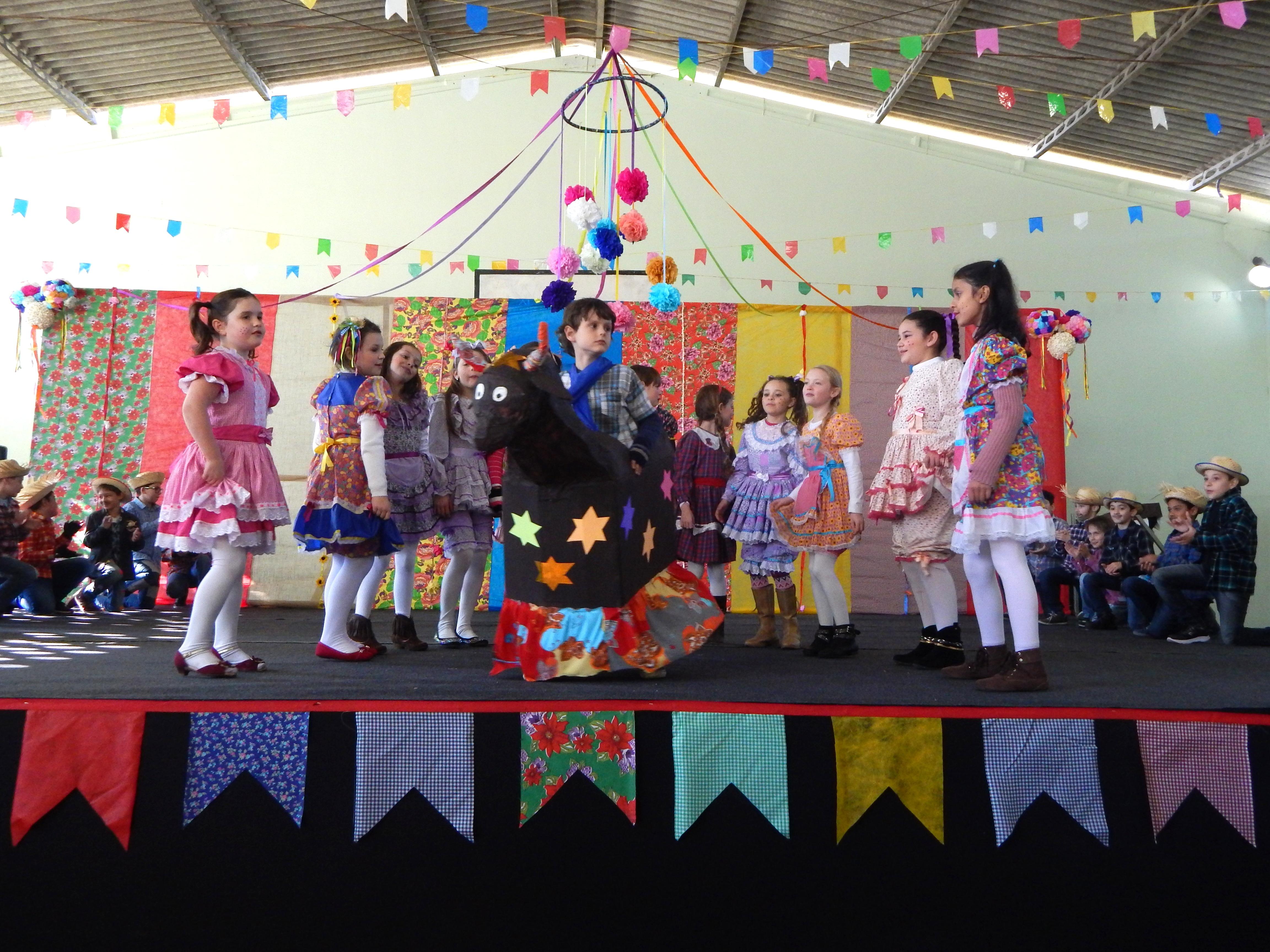 Festa Junina no Bom Jesus São Vicente, em Araucária (PR)