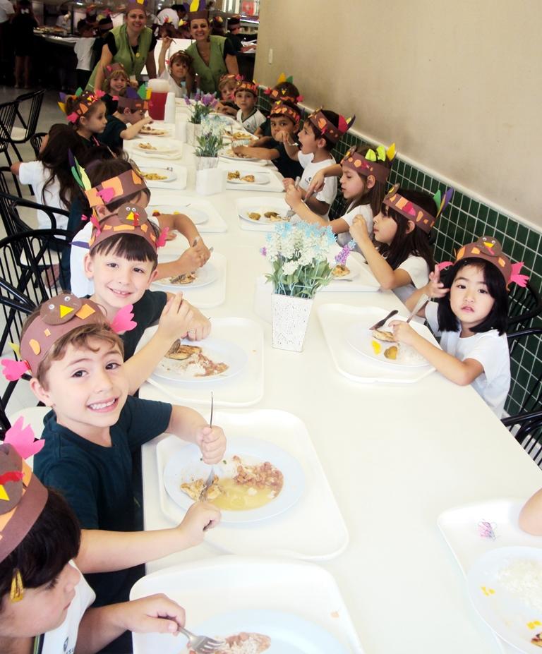 Comemorações do Thanksgiving Day no Bom Jesus Internacional.