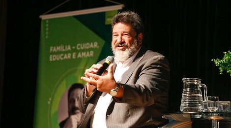 Mario Sergio Cortella fala sobre família, autoridade e autonomia