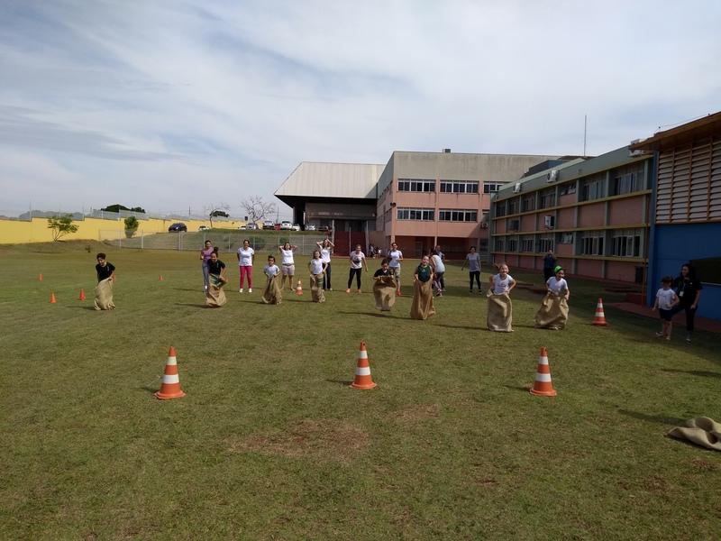 Colégio Bom Jesus Carlos Démia, em Maringá (PR)