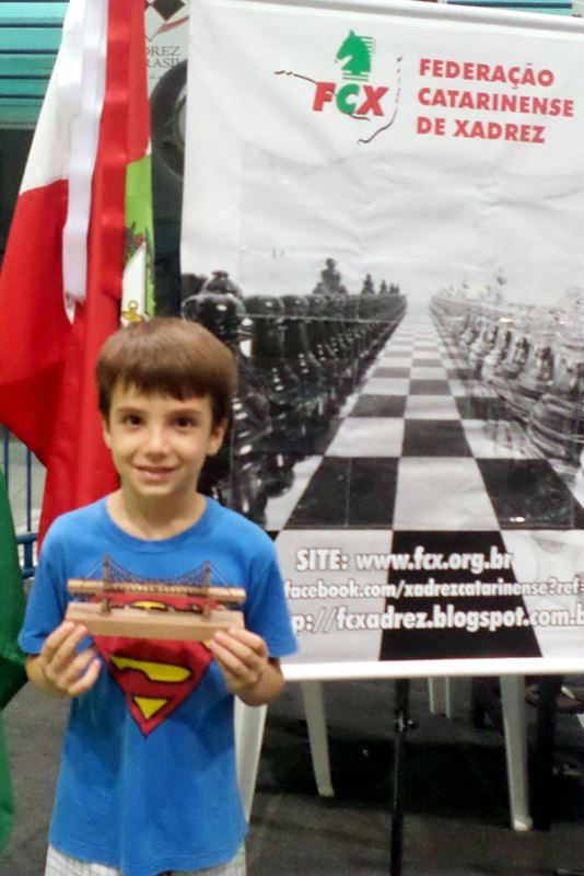 Gustavo Flesch, campeão na categoria Sub-8 do Floripa Chess Open 2015.