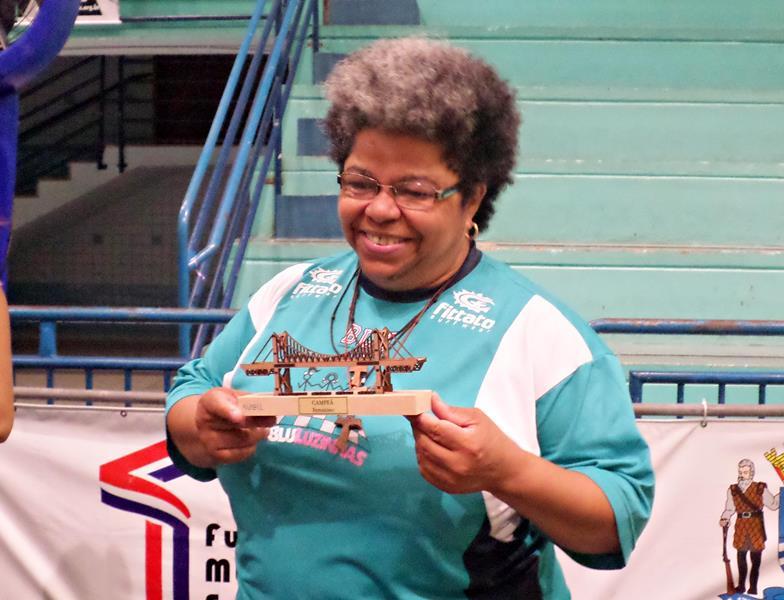 Regina Ribeiro, campeã na categoria feminina do Floripa Chess Open 2015.