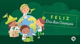 A criança reflete alegria e inspira um mundo melhor