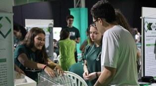 Conhecimento e inovação: Alunos Bom Jesus apresentam projetos de Iniciação Científica